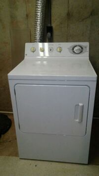 white front-load clothes washer Taneytown, 21787