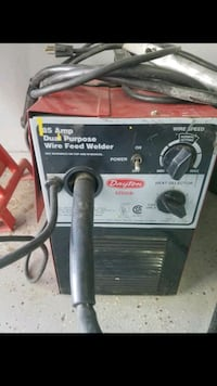 Must go now Works great wire feed mig welder gas o North Las Vegas, 89031