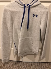 gray Under Armour pullover hoodie Woodbridge, 22192