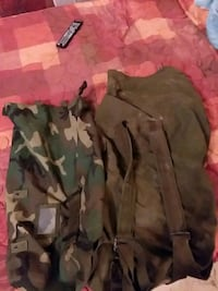Army duffle bags 2 Winchester, 22602