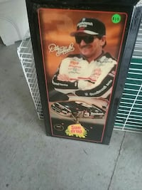 Dale Earnhardt photo with black wooden frame Belvidere, 27919