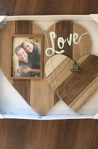 Barn board picture frame and clip Brampton, L6Z 0B4