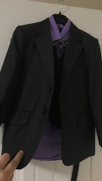 Black notched lapel suit jacket(full suite) wore once fits 6-7 years old child Surrey, V4N 1C9