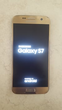 Samsung Galaxy S7 (Great condition, lightly used)