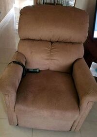 Recliner (electric) Fort Lauderdale, 33311