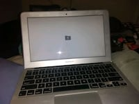 Macbook air pro a1465 Delta, V4C 1Y1