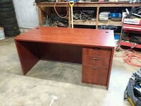 Office Desk-Waldorf Area Waldorf, 20603