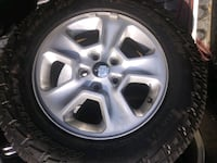 Jeep rims and tires Baltimore, 21206