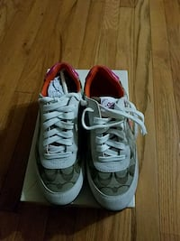 Coach tennis shoes Vancouver, 98684