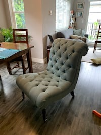 Tufted teal accent chair $150