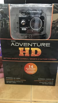 black 5200 Adventure HD action camera with box
