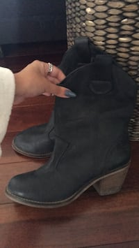 leather boots size 37