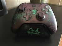 Sea of Thieves Limited Edition controller with controller stand (included) Aldergrove, V4W