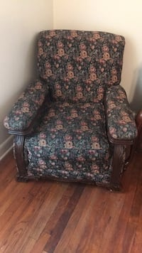 old chair Delco, 28436
