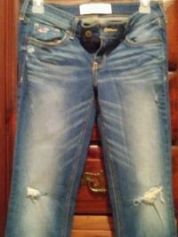 Never worn size 3 Hollister jeans Baltimore, 21229