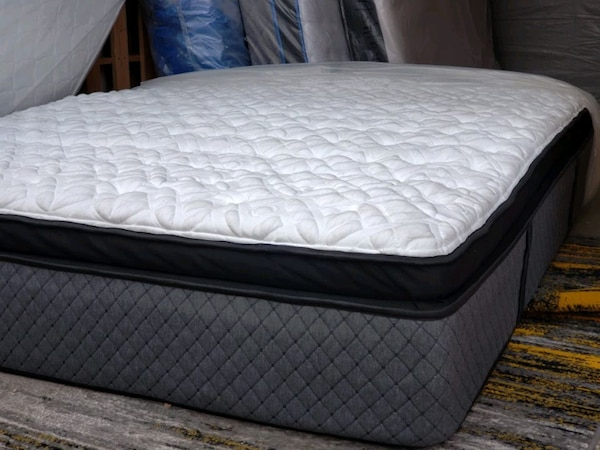 High end king mattress  delivery 50$. Pocket c ed5e1749-5d31-4601-88d8-64071721acd0