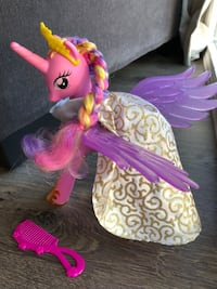 My Little Pony Friendship is Magic Pony Wedding Princess Cadance Pony Figure Hayward, 94544