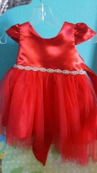 Red 12 month formal dress Neenah, 54956