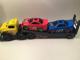 FastLane Semi Truck with FreeWheeling Cars / Camion porte voitures