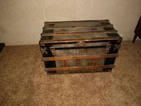 WW2 trunk for immigrants to come to America! Rosamond, 93560