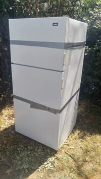 Free fridge/freezer