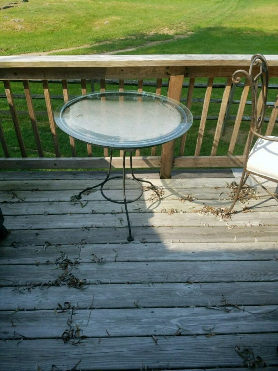 used round black metal framed glass top patio table for sale in rh gb letgo com