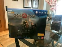 PlayStation 4 con God Of War Madrid