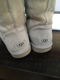 Uggs tall boots 68 km
