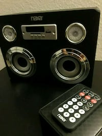 Small Bluetooth speaker (Very Loud) w/remote
