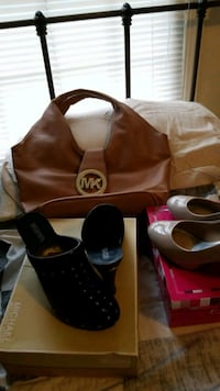 MICHAEL KORS PURSE AND SHOES  Youngstown, 44512