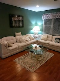 White Sectional sofa set Toms River, 08757