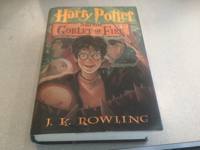 Harry Potter collectible book b6396467-44dc-475d-86d7-d261f877c605