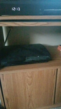 Ps3 with tons of games and ps move controllers Corona, 92880
