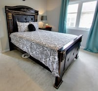 Queen size bed Mississauga, L5R 3H4