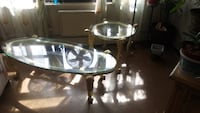 Two beautiful tables for 40 dólar