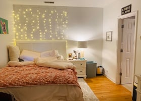 Private master bedroom for rent OLD TOWN