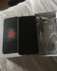 iPhone SE 32GB Never used Just bought with receipt  Calgary