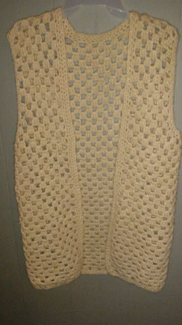 Used Womens Pink Crochet Vest Sz M 5 For Sale In Amarillo Letgo
