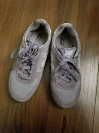 New balance sneakers size 7 Laval, H7T 0A9