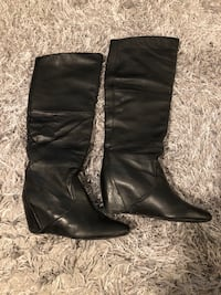 Women leather boots with hidden wedge - size 9 Toronto, M5V 3Y3
