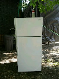 white top-mount refrigerator 718 km