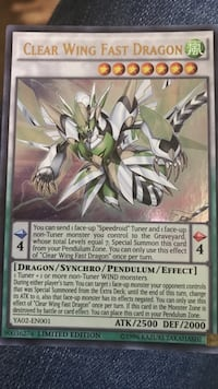 Yu-Gi-Oh trading card Clear Wing Fast Dragon playing card