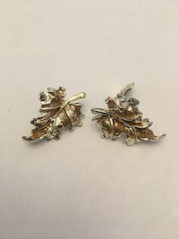 Vintage clip-on Leaf earrings