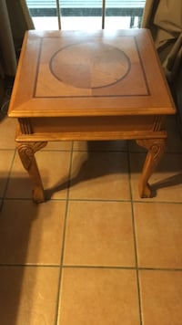 Wooden side table San Antonio, 78233