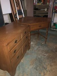 Good quality corner desk and dresser Bethesda, 20817