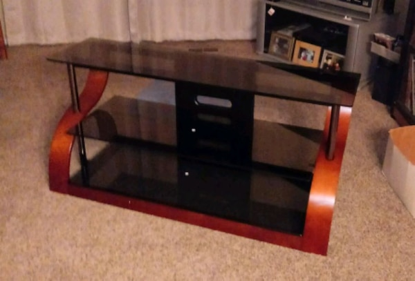 Used New Bello Furniture Curved Wood Tv Stand For Sale In Dayton Letgo