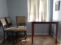 Dining room table with 4 chairs  London, N6E