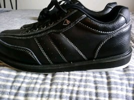 Size 10 Men's Pyramid  bowling shoes