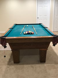 Pool table for sale Montgomery Village, 20886