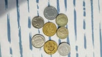 round silver and gold coins Brandon, 33510